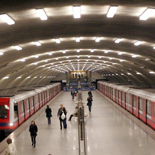 Metro Młociny, Warszawa